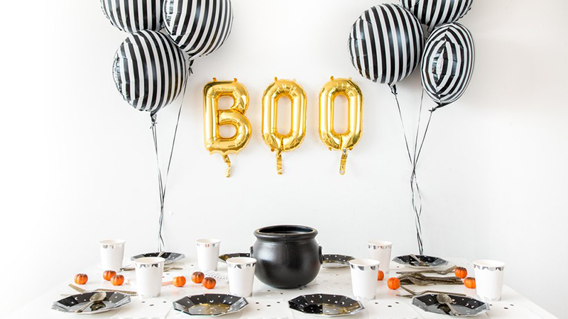 Fun with Halloween Party In a Box Theme