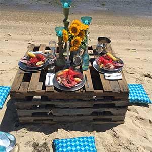 coastal-concierge-beach-dinner